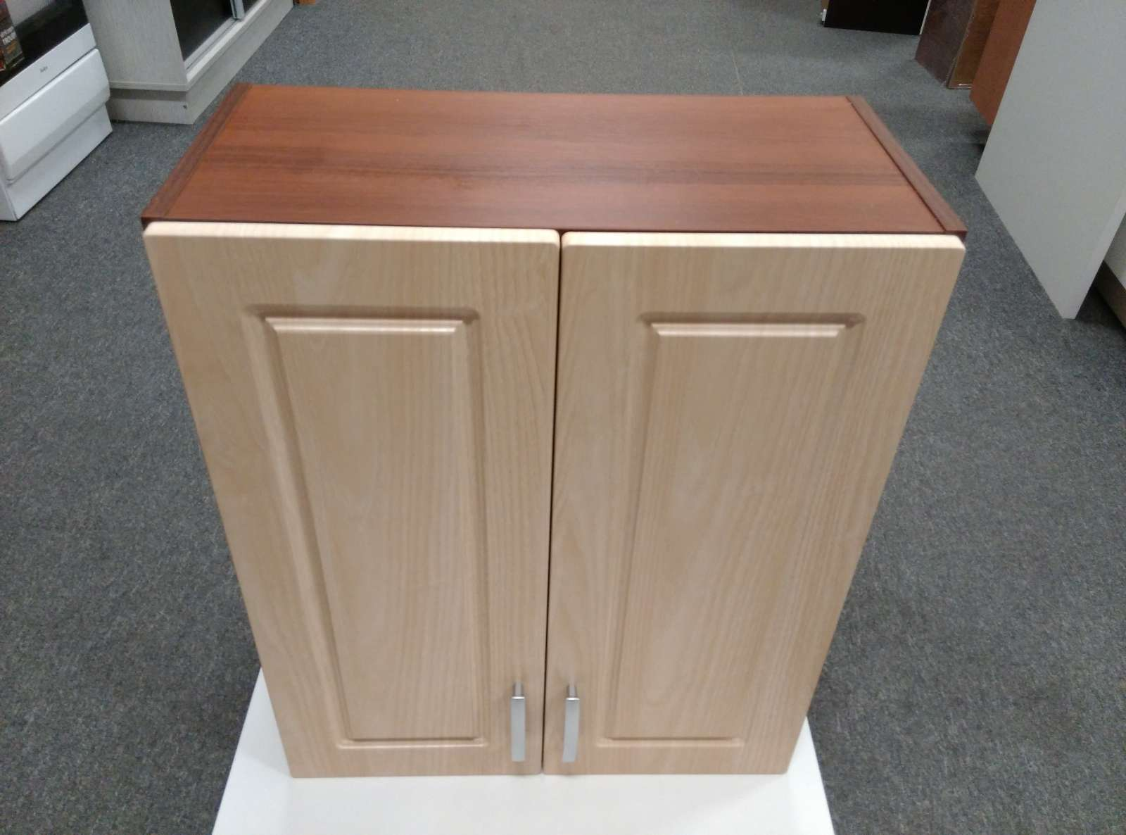 Horní kuchyňská skříňka 60 cm - výprodej